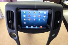 2009 Nissan 370z - in dash iPad installation