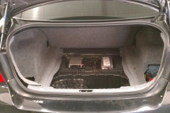 BMW 3 Series - factory equipment in trunk