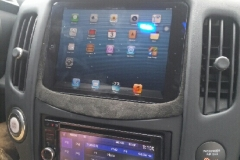 2009 Nissan 370z - in dash iPad completed