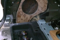 QX56 - fiberglass mold for subwoofer in progress