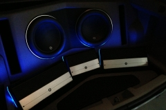 2007 Dodge Magnum - full system with trunk LED lighting