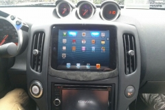 Nissan 370z - in dash ipad Mini installed